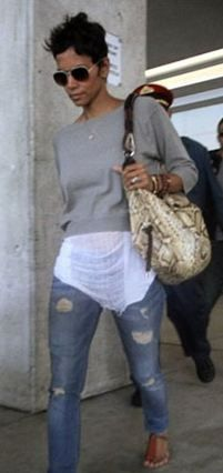 Halle Berry On Pinterest Halle Berry Halle And Halle Berry Style