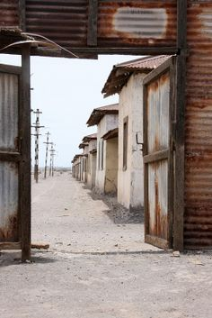 Humberstone, Chile Valley Of The Moon, Dry Desert, Go Hiking, Amazing Adventures, Our World, Horseback Riding, Love Photography, Abandoned Places, South America