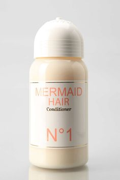 Get Ariel-level beautiful hair with this all-natural hydrating conditioner. Made with love - and without sulfates - this moisturizing formula is perfect for all hair types. Fresh, light orange blossom flower scent mixed with a hint of ocean breeze. Mermaid Hair Shampoo, Meghan Rosette, Hair Shine Spray, Southern Curls And Pearls, Beautiful Sea Creatures, Perfume Reviews, Mermaid Gifts, Natural Shampoo, Hair Conditioner