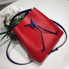 24b54bbb446520 36 Best Louis Vuitton Bucket Bag images | Louis vuitton bucket bag ...