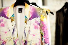 Printed blazer.