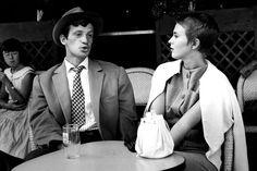 Jean-Paul Belmondo & Jean Seberg in Godard's À Bout De Souffle. Bucket bags <3