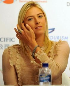 Beauty And Fashion Maria Sharapova, Tennis, T Shirts For Women, Engagement, Motivation, Image, Beauty, Fashion, Moda