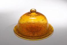 Zafferano pressed glass dome