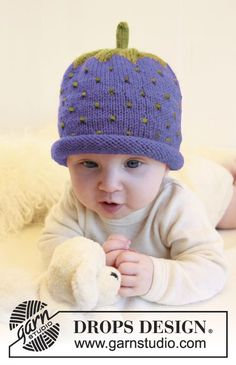 Sweet Blueberry - Knitted blueberry hat for baby and children in DROPS Alpaca - Free pattern by DROPS Design Baby Knitting Patterns, Baby Hats Knitting, Knitting For Kids, Baby Patterns, Free Knitting, Knitted Hats, Crochet Patterns, Drops Design, Drops Baby