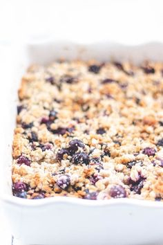 Dairy-free baked blueberry oatmeal - LIVHUWANI #dairyfreerecipes #bakedblueberryoatmeal #bakedblueberryrecipes #healthyrecipes #bestrecipes #topsrecipes #food #foodporn #foodphotography #foodrecipes #foodcravings Dairy Free Cookies, Blueberry Oatmeal, Plant Based Eating, Baked Oatmeal, Dairy Free Recipes, Healthy Baking, Coconut Flour, Food Print