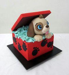 Adorable puppy cake.