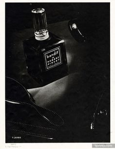 Robert Piguet (Perfumes) 1946 Bandit, Photo Pierre Jahan