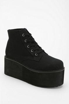 Deena & Ozzy Lace-Up Flatform-Sneaker #urbanoutfitters