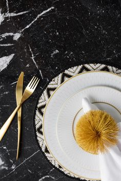 Bold prints, glints of gold and a dash of excess, the new Golden Age trend from A by Amara pays tribute to one of hte most decadent design eras. If you're a fan of glamorous Art Deco design, you'll love it. Dinner Plate Sets, Dinner Plates, Crockery Set, Knife And Fork, Dining Room Inspiration, Dinner Is Served, Cutlery Set, Art Deco Design, Kitchen Knives