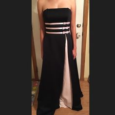 Black & soft pink Great prom or bridesmaid gown #con# Dresses