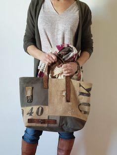 Burlap Coffee Bags, Burlap Bags, Jute Bags, Fabric Tote Bags, Diy Tote Bag, Handmade Handbags, Handmade Bags, Diy Bag Designs, Feed Bags