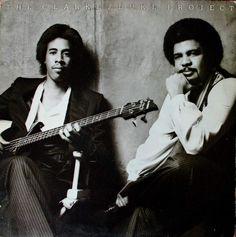 Je poursuis donc avec obstination ma modeste contribution aux hommages rendus à George Duke depuis qu'il nous a quittés le 5 Août dernier. En redécouvrant avec vous toutes ces pépites issues de la fusion du jazz, de la funk et de la musique brésilienne...