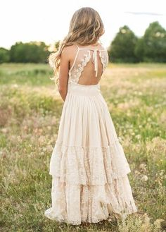 Look effortlessly elegant and playful all at once with this boho maxi dress feat. - Look effortlessly elegant and playful all at once with this boho maxi dress featuring a full tiered - Flower Girl Dresses Boho, Lace Flower Girls, Girls Dresses, Summer Dresses, Maxi Dresses, Summer Maxi, Casual Dresses, Ladies Dress Design, Wedding Dresses