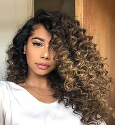 Curly hair with ombré hair color - Curly hair with ombré hair color Beautiful voluminous curly hair with blonde ombré hair color # - Ombre Curly Hair, Blond Ombre, Colored Curly Hair, Ombre Hair Color, Curly Hair Styles, Natural Hair Styles, Curly Balayage Hair, Curly Blonde, Curls Overnight