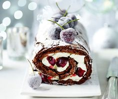 The ultimate Yule log With rich chocolate sponge, fresh cream and cherries frosted with sugar, our roulade takes this Christmas treat to a luxurious new level Xmas Food, Christmas Cooking, Christmas Desserts, Christmas Treats, Chocolate Roulade, Lindt Chocolate, Chocolate Recipes, White Chocolate, Chocolate Smoothies
