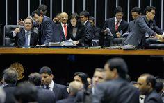 Presidente do Congresso, Renan Calheiros (PMDB-AL) conduz sessão para votar vetos presidenciais (20/11/2013). Foto: Jonas Pereira