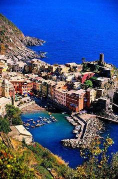 Vernazza, Cinque Terre, Italy Places to travel to Places Around The World, Travel Around The World, The Places Youll Go, Places To See, Around The Worlds, Vacation Destinations, Dream Vacations, Vacation Ideas, Wonderful Places