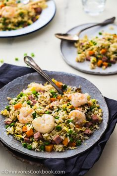 Shrimp Fried Rice (扬州炒饭, Yang Zhou Chao Fan) - A quick one-bowl meal that you can finish prepping and cooking in 15 minutes. Cookbook Recipes, Pork Recipes, Seafood Recipes, Asian Recipes, Chicken Recipes, Cooking Recipes, Ethnic Recipes, Asian Foods, Recipies
