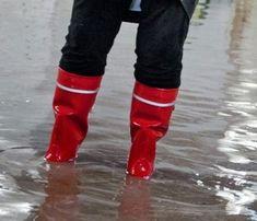 Girl In Rain, Leg Warmers, Rain Boots, Legs, Girls, Women, Fashion, Boots, Welly Boots