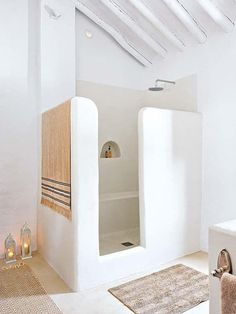 Break the Rules: 12 Beautiful Rooms that Don White Well Past Labor Day… #wellness