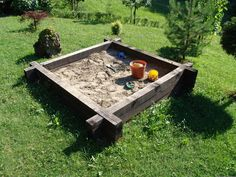 Great idea for a sandbox, just need to make a cover