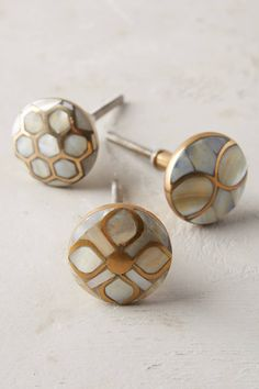 Shop the Pearlescent Serpentine Knob and more Anthropologie at Anthropologie today. Read customer reviews, discover product details and more.