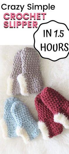 Easy Crochet Slippers, Crochet Socks Pattern, Crochet Boots, Chunky Crochet, Diy Crochet, Crochet Crafts, Crochet Clothes, Crochet Baby, Free Crochet Slipper Patterns