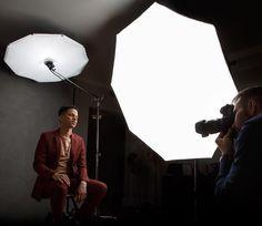 "Páči sa mi to: 590, komentáre: 23 – John Gress (@johngressmedia) na Instagrame: ""1/2 #behindthescenes and finished #portrait with @brandonmontreal. #Elinchrom #Rotalux #Octabox…"""