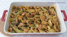 Kurczak Stroganoff zapiekany w muszlach  http://kuchnianaantypodach.blogspot.com.au/2015/10/kurczak-stroganoff-zapiekany-w-muszlach.html