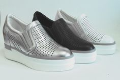 Pure leather air holes increased leisure bottom shoes