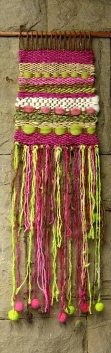 Be sure to have students add more fringe telares Weaving Textiles, Weaving Art, Tapestry Weaving, Loom Weaving, Hand Weaving, Weaving Wall Hanging, Wall Hangings, Latch Hook Rugs, Weaving Projects
