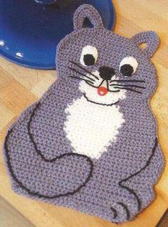 Interesting ideas for decor: Прихватка кот. Crochet Hot Pads, Crochet Mat, Crochet Towel, Crochet Potholders, Crochet Teddy, Crochet Cushions, Freeform Crochet, Cute Crochet, Crochet Crafts