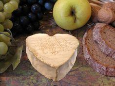 neufchâtel - le fromage en forme de coeur