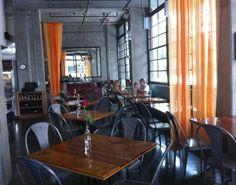 Pondicheri dining room