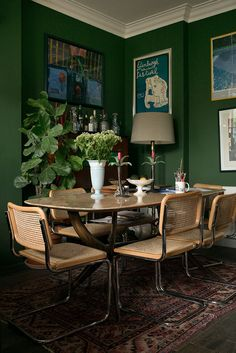 Home Interior Industrial inside Luke Edward Hall's maximalist London apartment//green dining room.Home Interior Industrial inside Luke Edward Hall's maximalist London apartment//green dining room Green Dining Room, Living Room Green, Green Rooms, Dining Room Design, Living Room Decor, Living Rooms, Green Kitchen Walls, Dining Room Walls, Green Walls