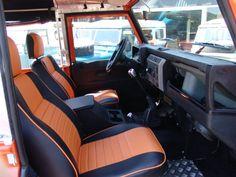 //Land Rover interior Defender V8 4,6