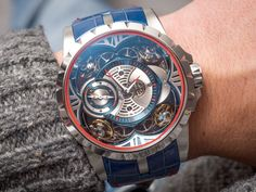 Join our newest Hands-On with the Roger Dubuis Excalibur Quatuor Cobalt MicroMelt. The world's first timepiece to feature a case constructed entirely out of something called cobalt chrome. Read what the means and much more on our website..