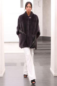 PELZ PELZMANTEL MANTEL NERZ VISONE FUR COAT MINK FOURRURE VISON PELLICCIA норка in Kleidung & Accessoires, Damenmode, Jacken & Mäntel | eBay!
