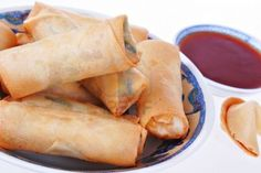 Let the good times (egg)roll with Lee Kum Kee Sweet and Sour Sauce! Egg Rolls, Hot Dog Buns, Good Times, Eggs, Bread, Ethnic Recipes, Sweet, Food, Gastronomia