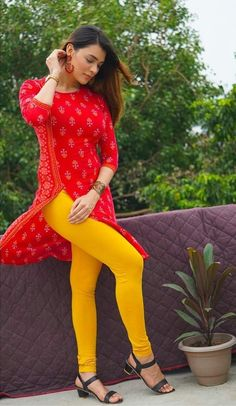 Girls In Leggings, Leggings Are Not Pants, Desi Girl Image, Neon Dresses, Indian Girls Images, Teen Girl Fashion, Suits For Women, Ladies Suits, Beautiful Girl Photo