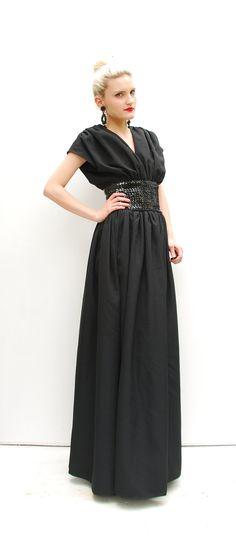 black dress, easy sleeves