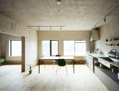 setagaya flat by naruse inokuma architects + hiroko karibe architects