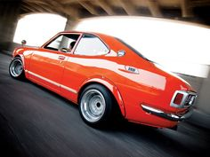 1972 Toyota Corolla Pictures: See 5 pics for 1972 Toyota Corolla. Browse interior and exterior photos for 1972 Toyota Corolla. Toyota Corolla, Toyota Tundra, Toyota Tacoma, Toyota 4runner, Corolla Dx, Classic Japanese Cars, Japanese Sports Cars, Best Classic Cars, Mr2