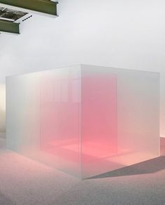 Recent glass work by Larry Bell Cubes, Light And Space, Co Working, Exhibition Space, Acrylic Box, Light Art, Store Design, Architecture, Installation Art