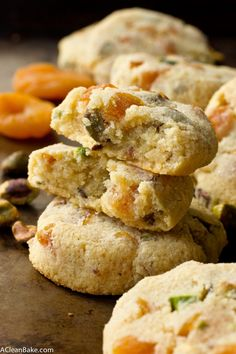Soft and satisfying apricot pistachio cookies are perfect for the holidays! (gluten free, grain free, paleo friendly, low carb, dairy free and sugar free) Cookies Gluten Free, Paleo Cookies, Cookie Recipes, Low Carb Desserts, Gluten Free Desserts, Gluten Free Recipes, Paleo Baking, Gluten Free Baking, Healthy Sweets