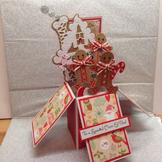Gingerbread House pop up card, using Tonic Gingerbread man die, Spellbinders Gingerbread house die