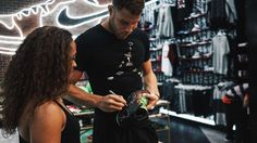 Crowd pleaser.  @blakegriffin32 surprised fans who picked up the Jordan #SuperFly4 in LA today.