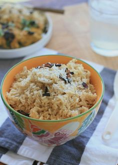 Burmese Coconut Rice - Girl Cooks World Girl Cooking, Asian Cooking, Indian Food Recipes, Asian Recipes, Savoury Recipes, Curry Recipes, Burmese Food, Burmese Recipes, Burmese Desserts