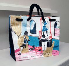 Plastic Bag Design, Shoping Bag, Ideas Geniales, Chinese New Year, New Product, Packaging Design, Reusable Tote Bags, Paper Bags, Luxury